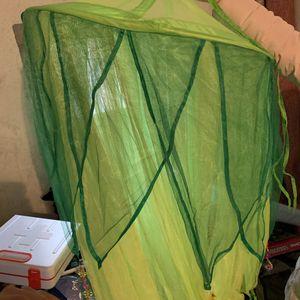 Ciel de lit enfant vert