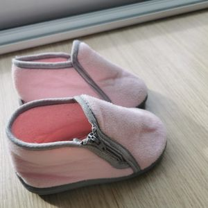 Chaussons roses pointure 22