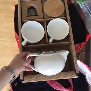 Service a thé neuf blanc