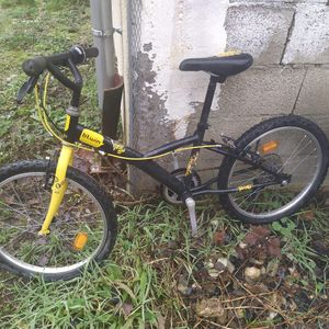 Vélo 20 pouces 6-8 ans 120-135 cm