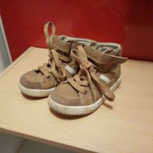 Chaussure taille 26