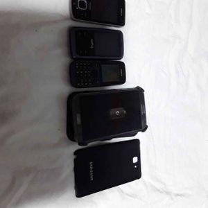 Lot de téléphone Nokia et Samsung