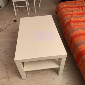 Table blanche salon ikea 90cm x 55cm  h= 45,5 cm