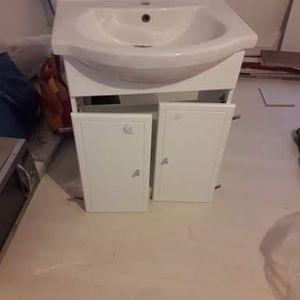 A donner meuble de salle de bain avec vasque