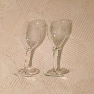 2 verres à pied