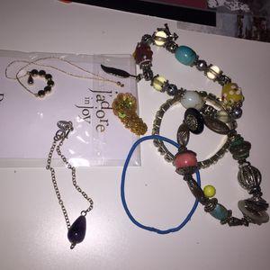 Lot de bijoux