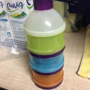 Réservoir à lait en poudre bébé