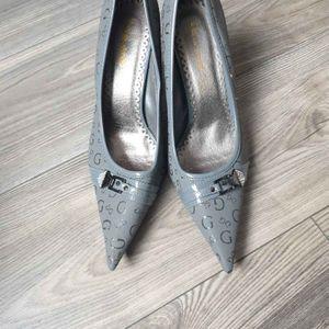 Chaussures à talons grise