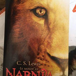 Gros livre le Monde de Narnia - intégrale