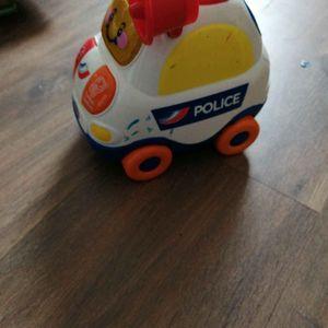 Voiture police bébé