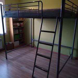 Lit mezzanine , 2 places