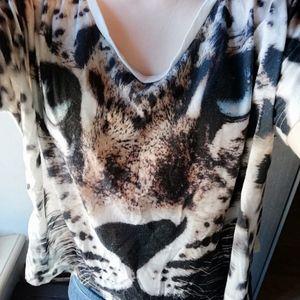 Haut tête de leopard