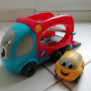 Dépanneuse et voiture smoby