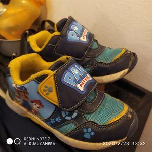 Chaussures pat patrouille etat moyen