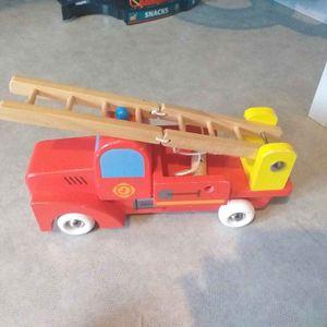 Camion pompier en bois janod