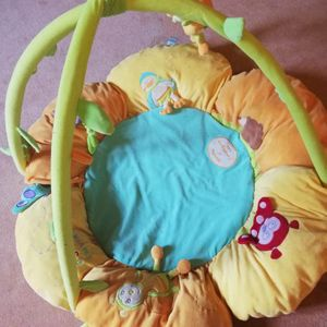 Tapis d'éveil bébé Doudou et Compagnie