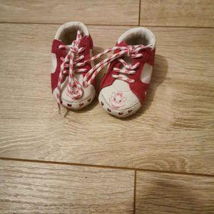 Chaussures nouveau né fille