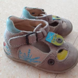 Chaussures t 19