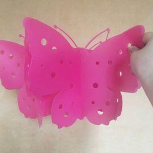 Lustre plastique papillon