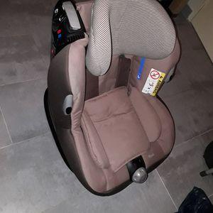 Siège bébé voiture