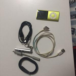 Lot de câbles, iPod et bracelet connecté