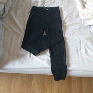 Jean slim noir 34 XS