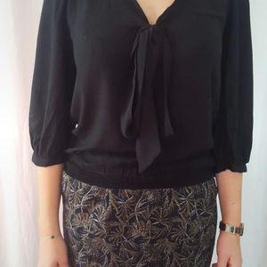 Chemise avec nœud devant noire taille 38