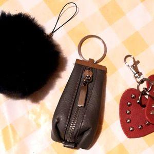 3 porte-clés