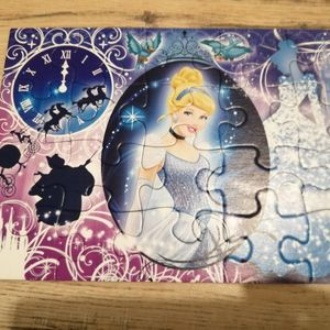 Donne 2 puzzles 20 pieces