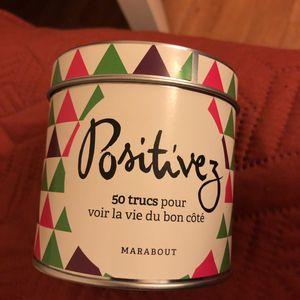 Boîte «Positivez» éditions Marabout