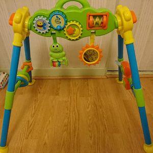 portique jeu bébé
