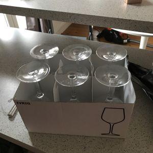 6 verres à vin neufs