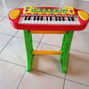 Piano sur pied