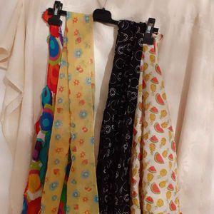 4 foulards