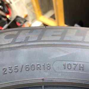 A donner 4 pneus hiver Michelin Alpin 235/60R18