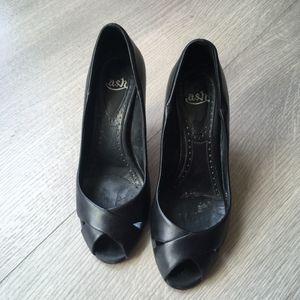 Chaussures noires à talon 36