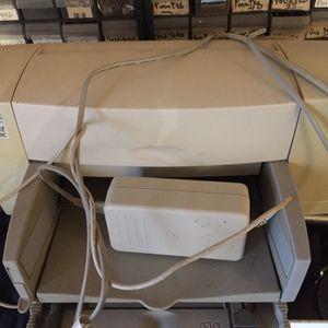 Imprimante HP Deskjet 840 C