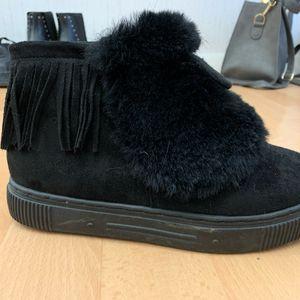 Chaussures moumoutes