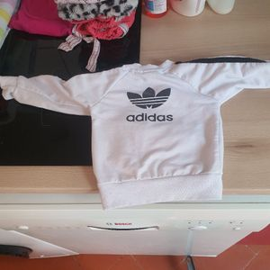 Pull Adidas bebe