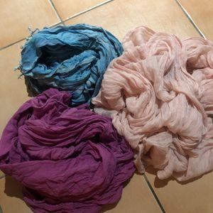 3 foulards