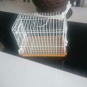 Petite cage