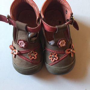 Chaussure fille pointure 21
