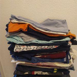 Lot de vêtements garcon 5-7 ans
