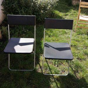 2 chaises pliables