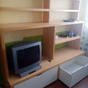 Meuble salon pour télé et rangement