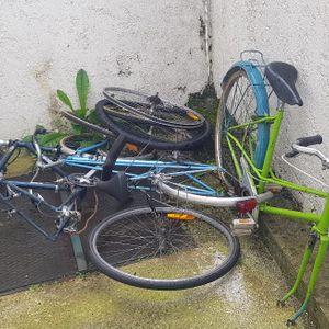 Lot de vélos POUR PIÈCES
