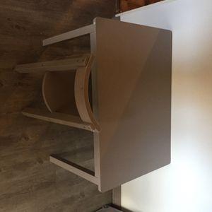Table et chaise pour enfant couleur taupe
