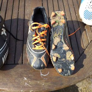Chaussures de foot taille 37