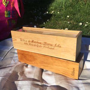 Lot de deux boîtes en bois